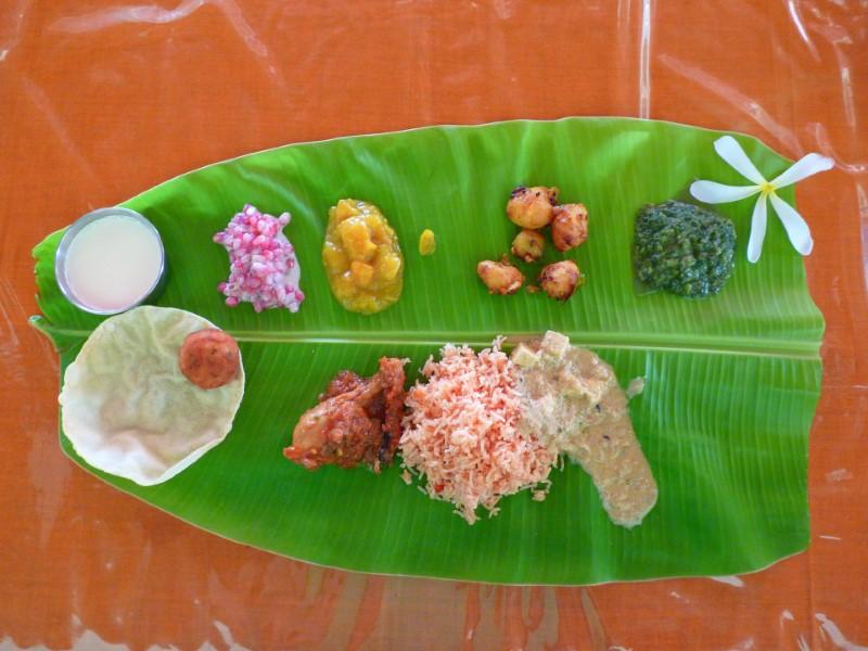 Jedzenie na Mauritiusie: Posiłek z liści bananowca